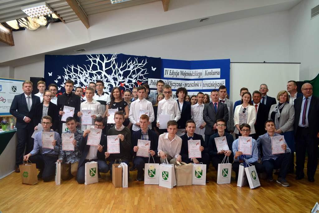 Znamy laureatów Wojewódzkiego Konkursu POLSKA MOJA OJCZYZNA  w Zarzeczu